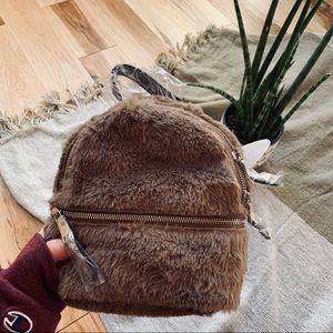 Steve Madden convertible backpack/purse 🐻